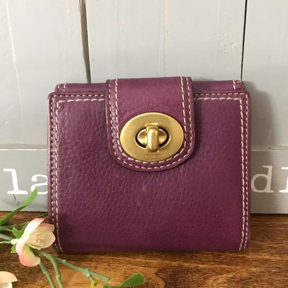 Coach Handbags - Coach Bifold Turn Lock Wallet